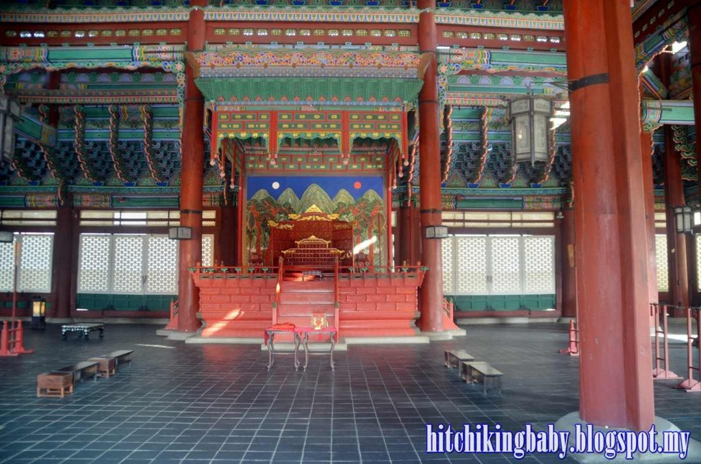 gyeongbukgong-palace-main-seat-for-king