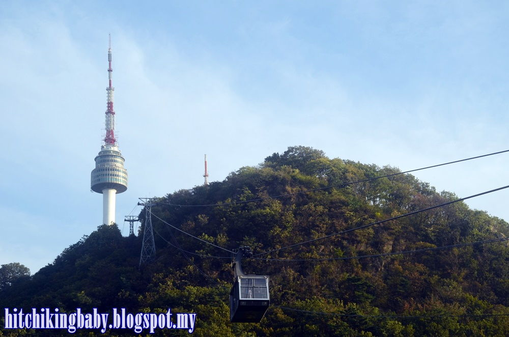 namsan-by-cable-car