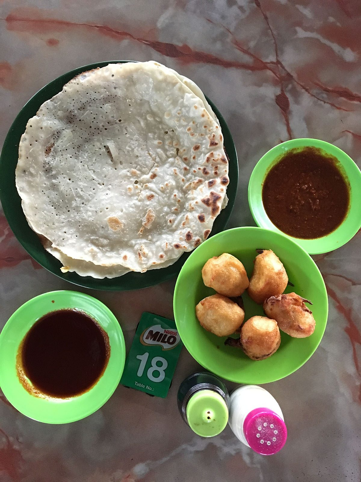 breakfast-at-warong-hjh-robiah-melaka